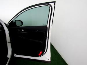 Kia Sorento 2.2D EX AWD automatic - Image 12