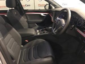 Volkswagen Touareg 3.0 TDI V6 Executive - Image 14