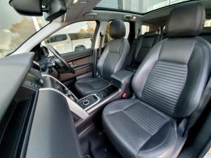 Land Rover Discovery Sport 2.2 SD4 HSE LUX - Image 8