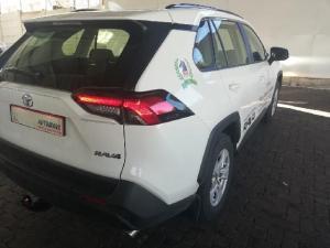 Toyota RAV4 2.0 GX CVT - Image 15
