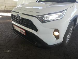 Toyota RAV4 2.0 GX CVT - Image 25