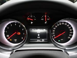 Opel Astra 1.0T Essentia - Image 10