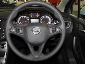 Opel Astra 1.0T Essentia - Image 9