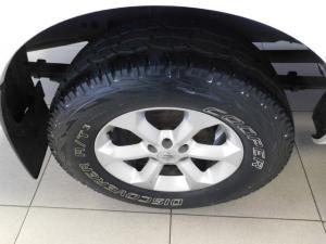 Nissan Navara 2.5dCi double cab LE auto - Image 10