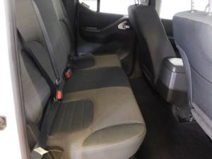 Nissan Navara 2.5dCi double cab LE auto - Image 5