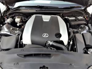Lexus IS 350 E - Image 13