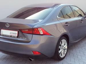 Lexus IS 350 E - Image 8
