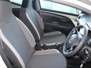 Toyota Aygo 1.0 X-CITE - Image 16