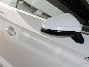 Audi A5 2.0T FSi Cabriolet Stronic - Image 3