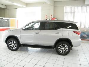 Toyota Fortuner 2.8GD-6 Raised Body automatic - Image 3