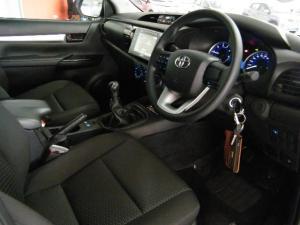 Toyota Hilux 2.4 GD-6 SRX 4X4D/C - Image 5