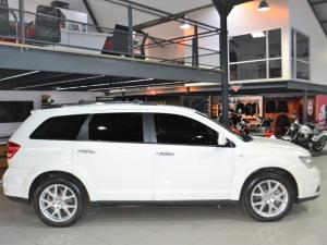 Dodge Journey 3.6 R/T - Image 10