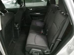 Dodge Journey 2.4 SXT - Image 5