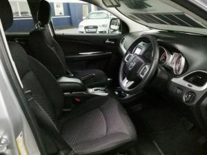 Dodge Journey 2.4 SXT - Image 8