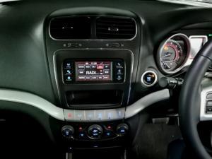 Dodge Journey 2.4 SXT - Image 9