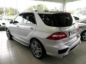 Mercedes-Benz ML ML63 AMG - Image 2