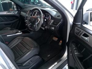 Mercedes-Benz ML ML63 AMG - Image 7