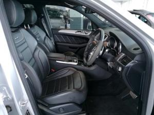 Mercedes-Benz ML ML63 AMG - Image 8