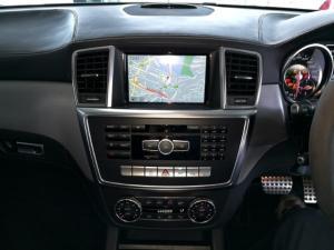 Mercedes-Benz ML ML63 AMG - Image 9