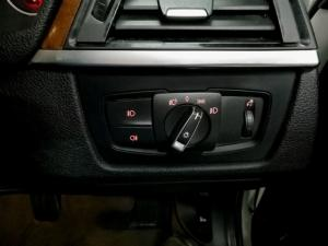 BMW 3 Series 328i auto - Image 11