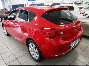 Opel Astra hatch 1.4 Turbo Enjoy - Image 2