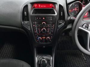 Opel Astra hatch 1.4 Turbo Enjoy - Image 9