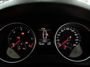 Volkswagen Jetta 1.6TDI Comfortline - Image 11