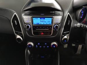 Hyundai ix35 2.0 GL - Image 10