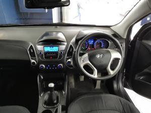 Hyundai ix35 2.0 GL - Image 7