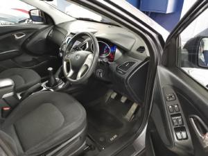 Hyundai ix35 2.0 GL - Image 8