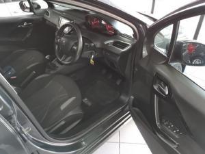 Peugeot 208 5-door 1.2 Active - Image 7