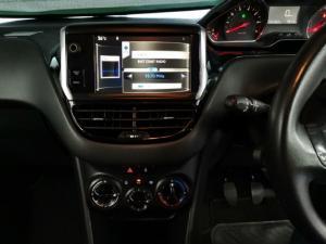Peugeot 208 5-door 1.2 Active - Image 9