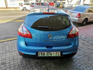 Renault Megane 1.6 Expression - Image 3