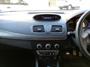 Renault Megane 1.6 Expression - Image 9