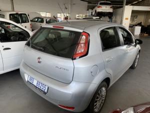 Fiat Punto 1.4 Essence - Image 3