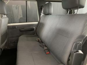 Toyota Land Cruiser 76 Land Cruiser 76 4.2D station wagon - Image 10