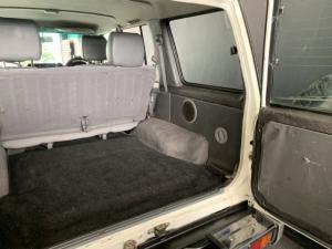 Toyota Land Cruiser 76 Land Cruiser 76 4.2D station wagon - Image 11