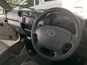 Toyota Land Cruiser 76 Land Cruiser 76 4.2D station wagon - Image 4