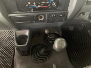 Toyota Land Cruiser 76 Land Cruiser 76 4.2D station wagon - Image 7