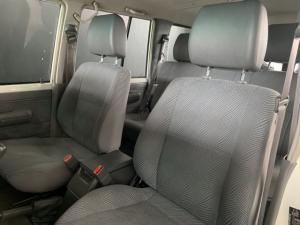 Toyota Land Cruiser 76 Land Cruiser 76 4.2D station wagon - Image 9