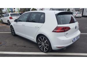 Volkswagen Golf GTI Performance auto - Image 3