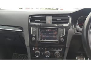 Volkswagen Golf GTI Performance auto - Image 5