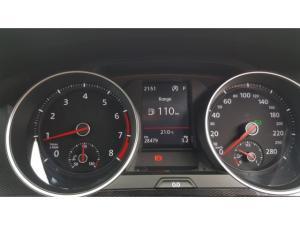 Volkswagen Golf GTI Performance auto - Image 6
