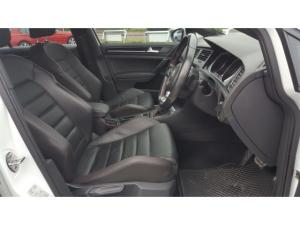 Volkswagen Golf GTI Performance auto - Image 9