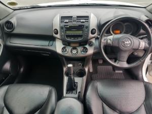 Toyota RAV4 2.0 VX - Image 7