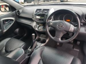 Toyota RAV4 2.0 VX - Image 8