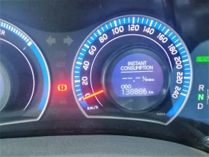 Toyota Auris 180 XS HSD - Image 9