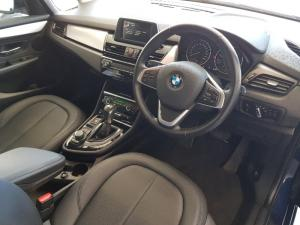 BMW 218i Active Tourer automatic - Image 11