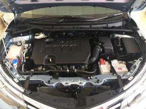 Toyota Corolla 1.8 Exclusive auto - Image 10