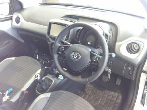 Toyota Aygo 1.0 X-CITE - Image 8